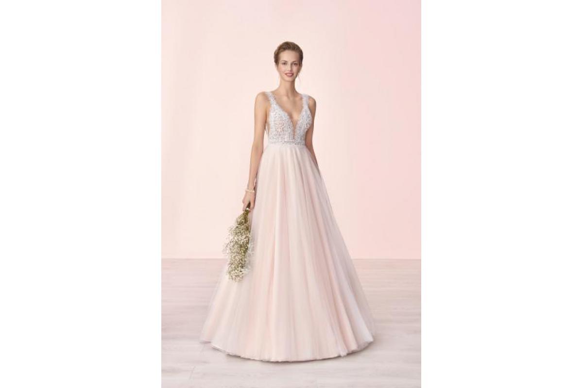 Suknia ślubna Elizabeth Pasion kolekcja 2018