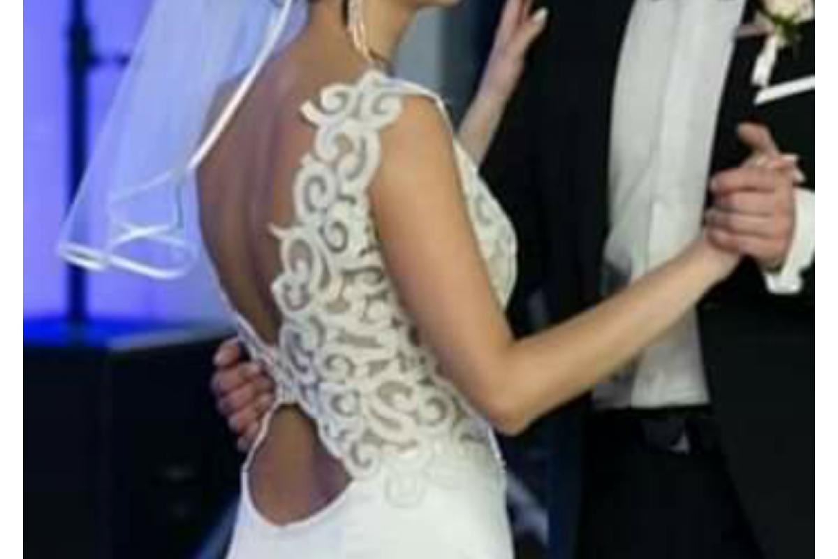 Włoska suknia od Lanesty, model Vivaldi, rozmiar 38, odkryte plecy i tren