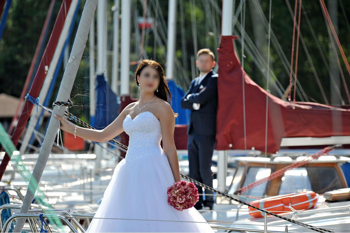 Suknia ślubna PRINCESSA + welon + ozdoba