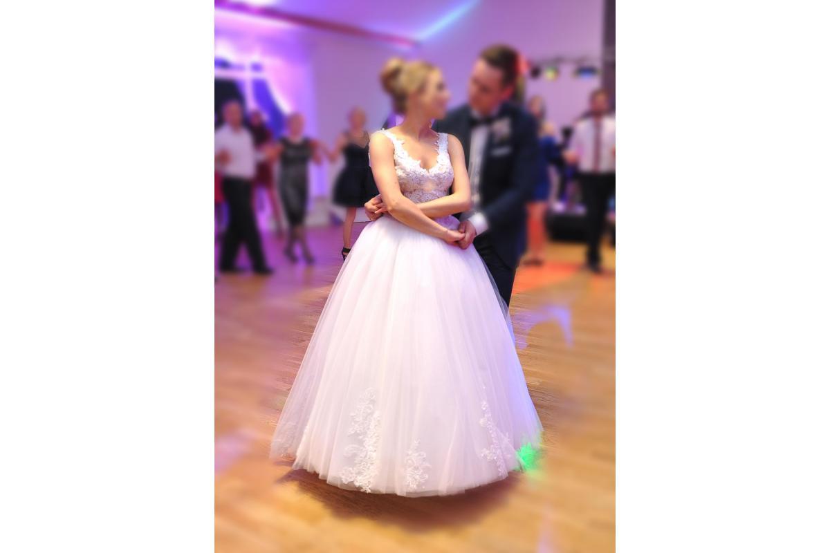 Suknia ślubna - szyta