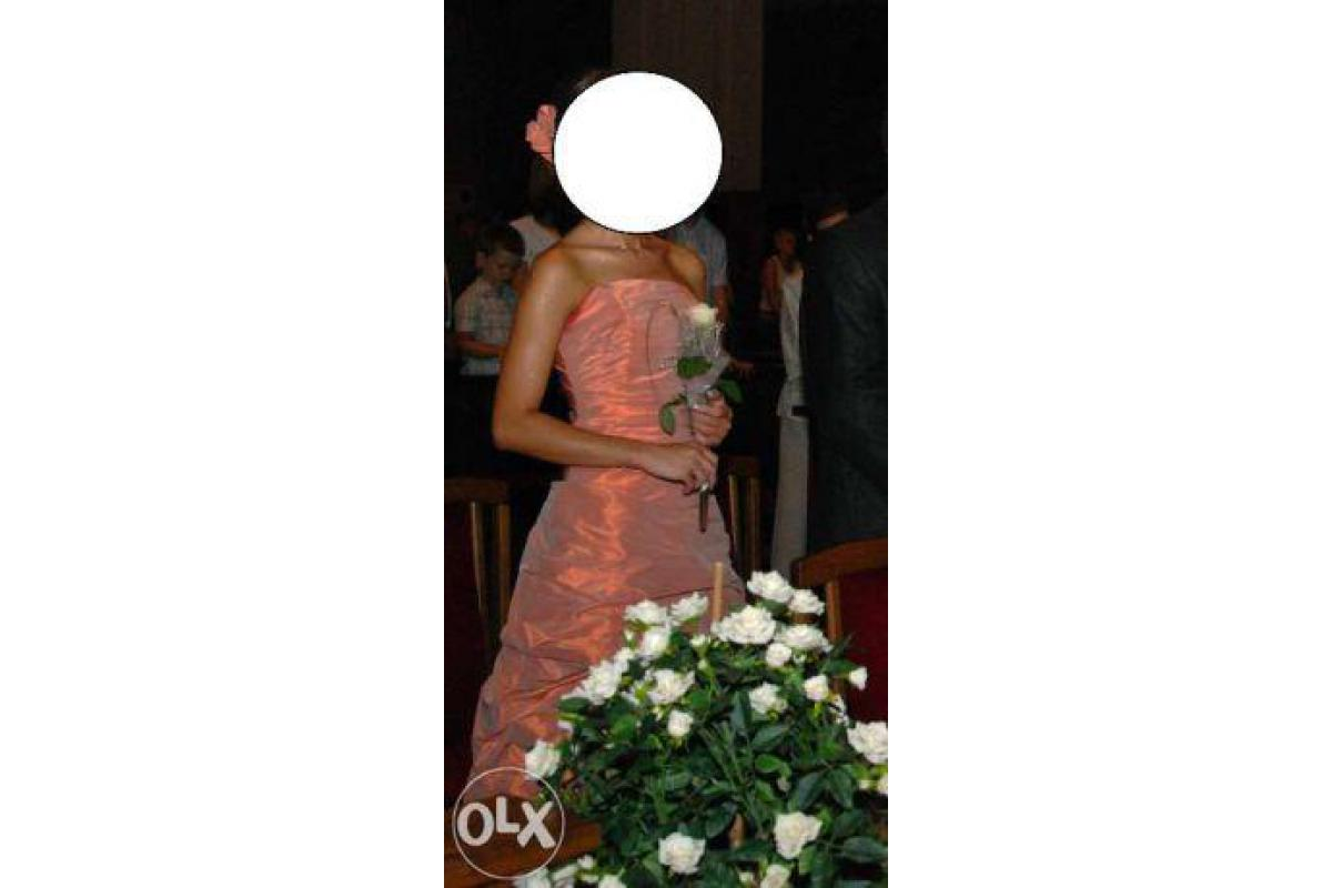 Długa suknia pudrowy róż