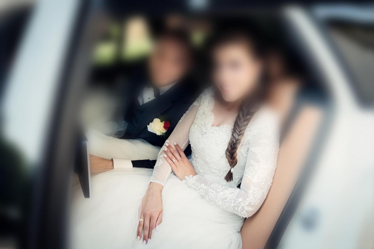 Suknia ślubna w komplecie