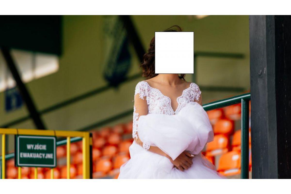 Suknia ślubna narzeka milla nocą 32-34