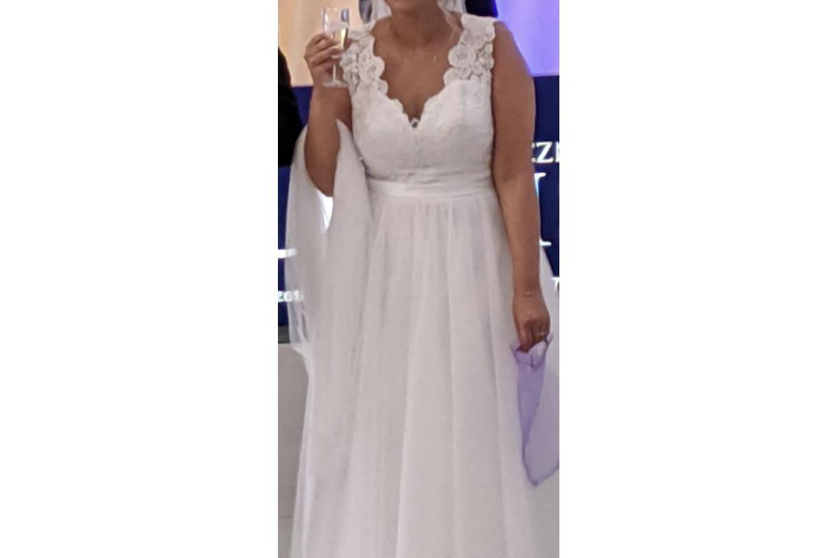 Piękna koronkowa Suknia Ślubna Sposabella - Mały rozmiar 40