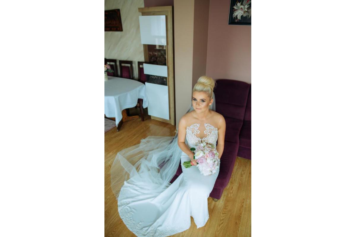 Zjawiskowa suknia ślubna Ibbie - salon Madonna