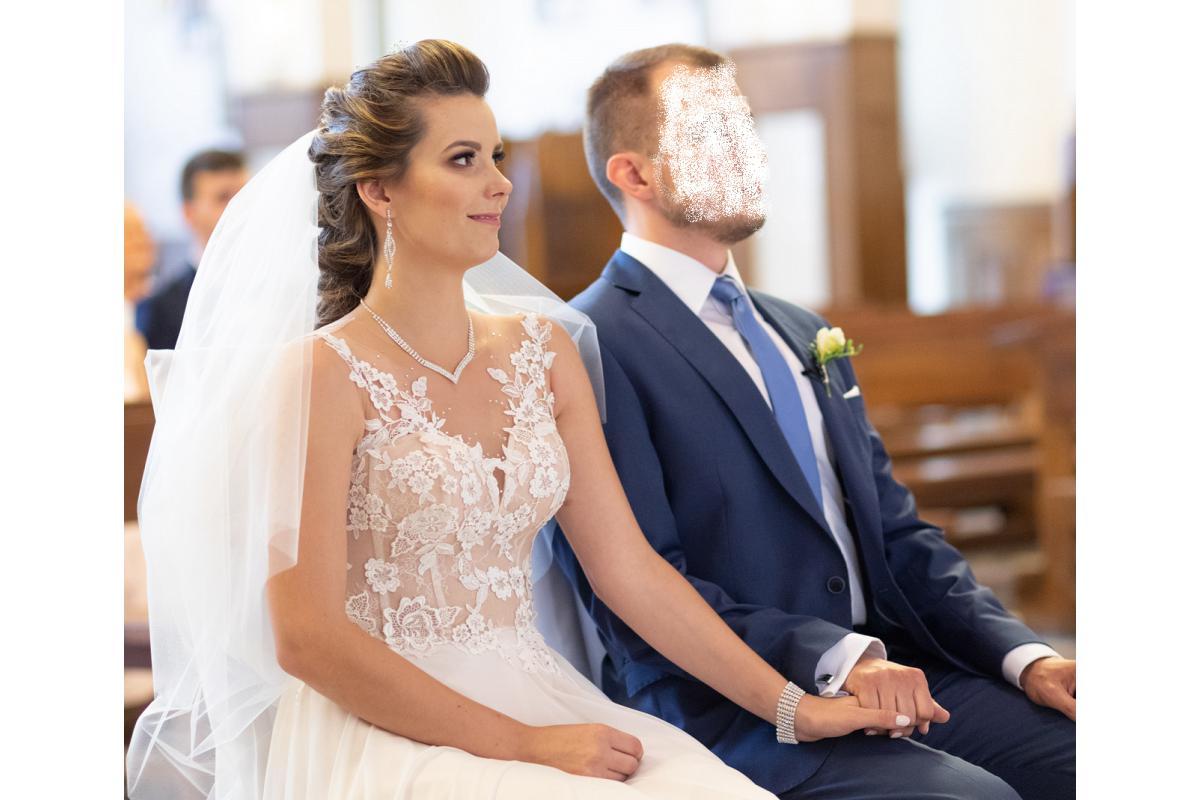 Suknia ślubna Oriana, zwiewna, z rozcięciem, ecru, na wzrost 170cm+5cm obcas
