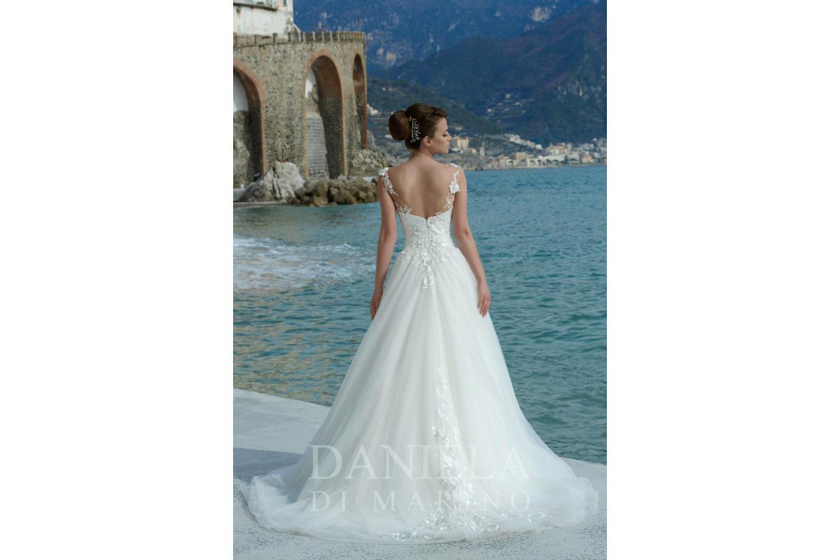 Suknia ślubna z trenem roz. 36
