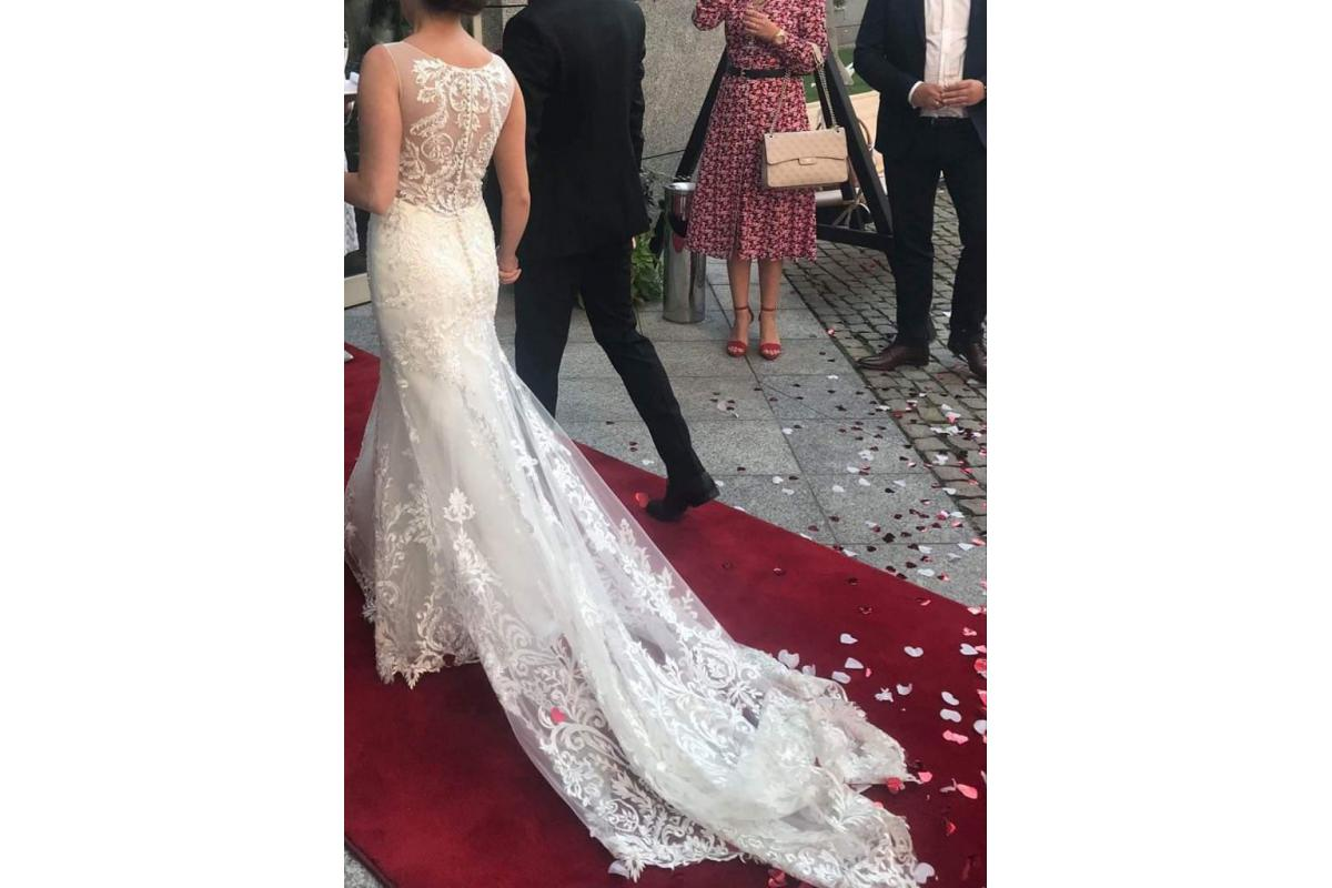 Suknia ślubna marki Amy Love (syrenka)