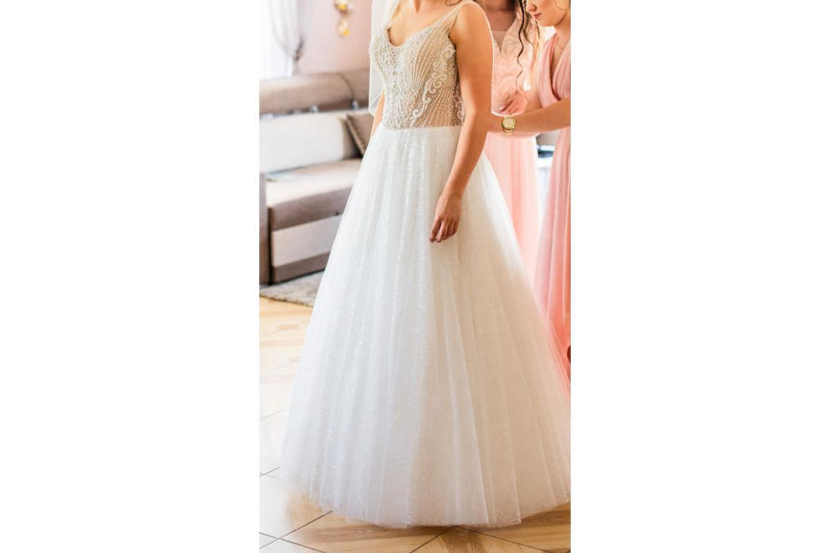 Suknia 2019, z salonu