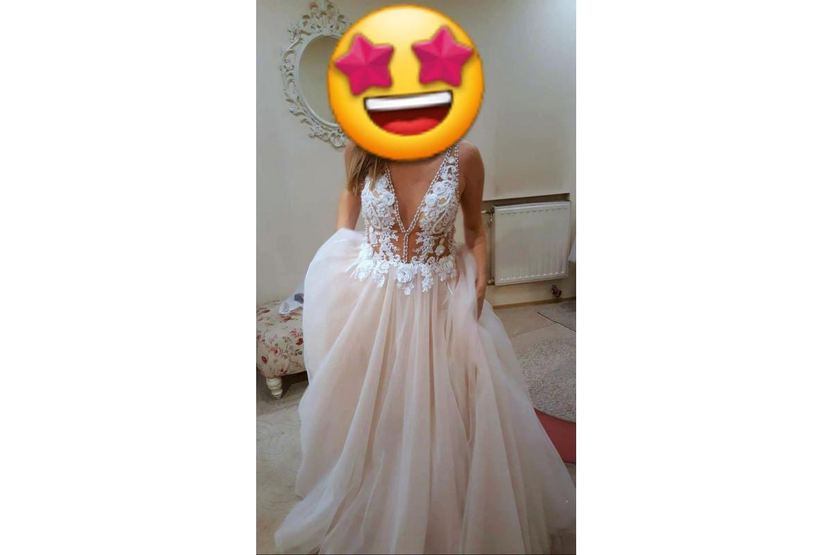Suknia ślubna blady róż koronka 2019