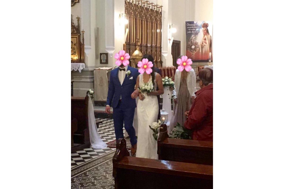 Suknia ślubna w stylu Berta Bridal model Lucky
