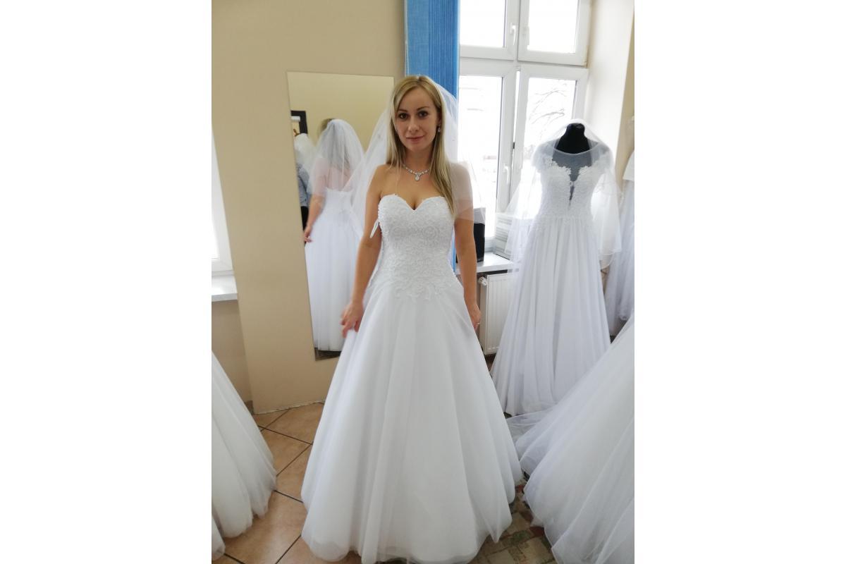 Suknia ślubna S