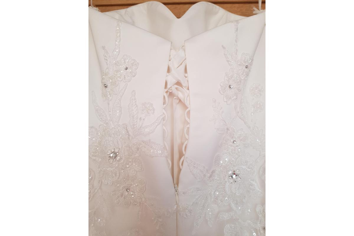 Suknia ślubna z salonu MS Moda