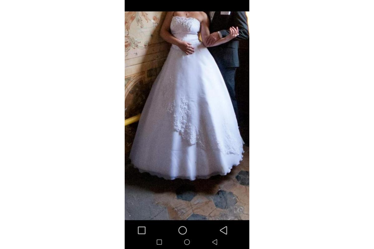 Piękna suknia ślubna +dodatki