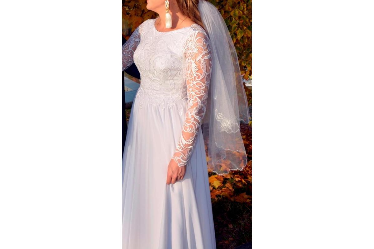 Suknia ślubna (pierwsza właścicielka) model Bymako