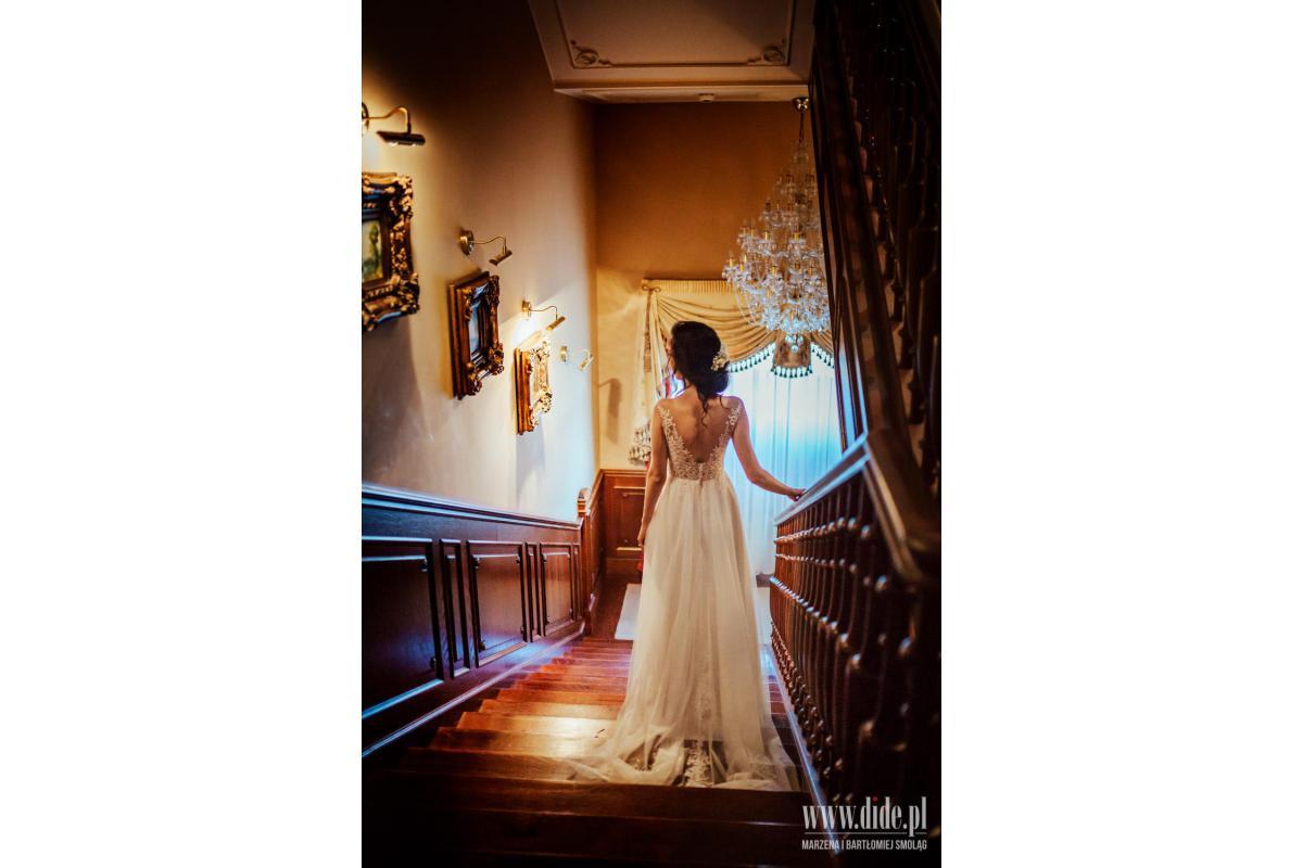 Suknia ślubna rozm. 34/XS