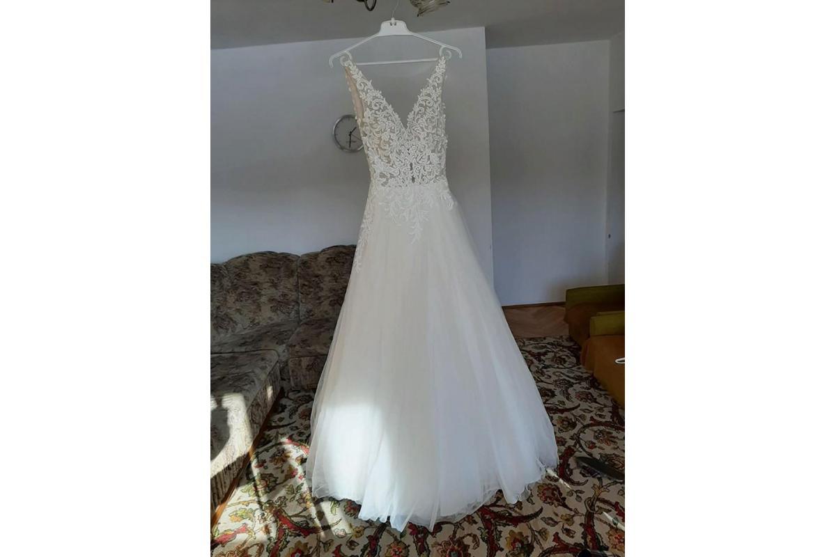 Suknia ślubna Celise rozm. 34 z kolekcji na 2020 r.
