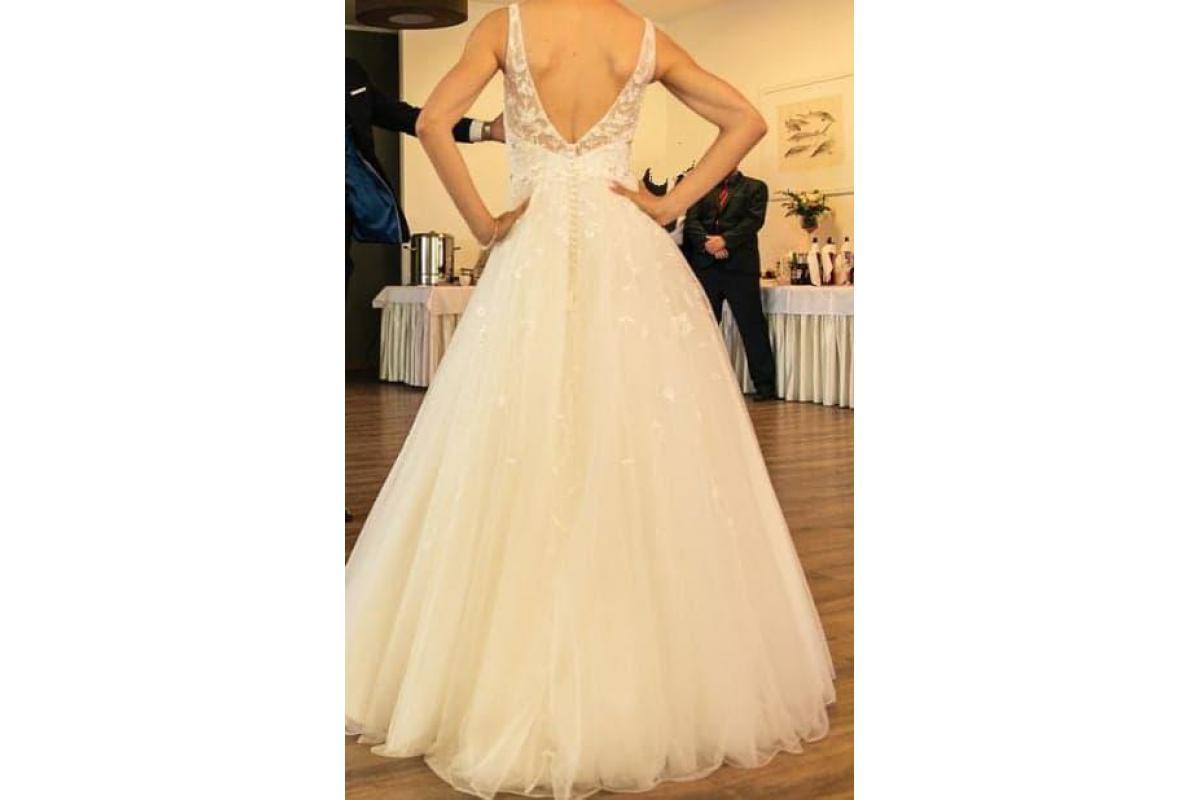 Sprzedam uroczą suknię ślubną, kolor Ivory, mały rozmiar, kwiaty