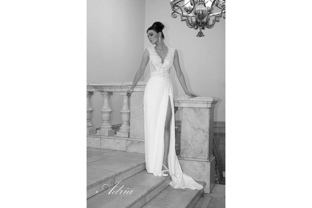 Sprzedam suknię ślubną 38 Adria 1434