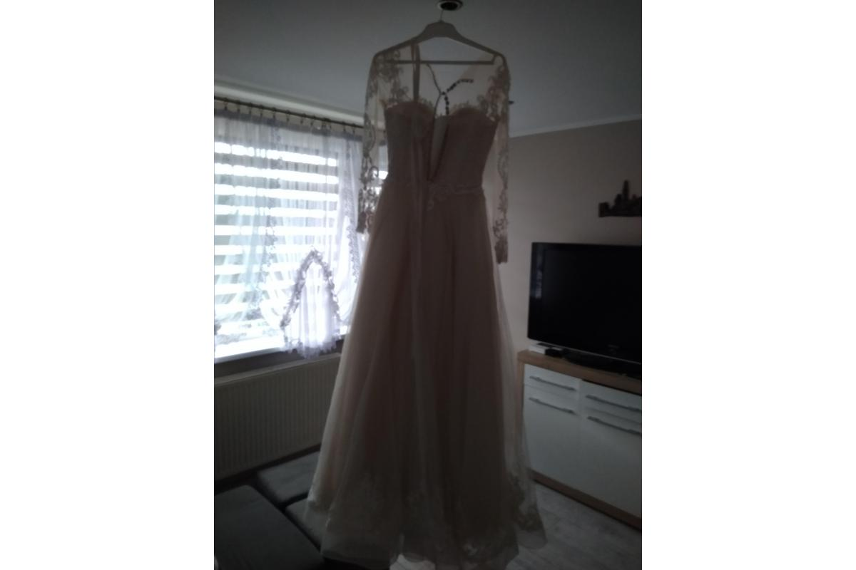 Sprzedam ładną suknie slubna