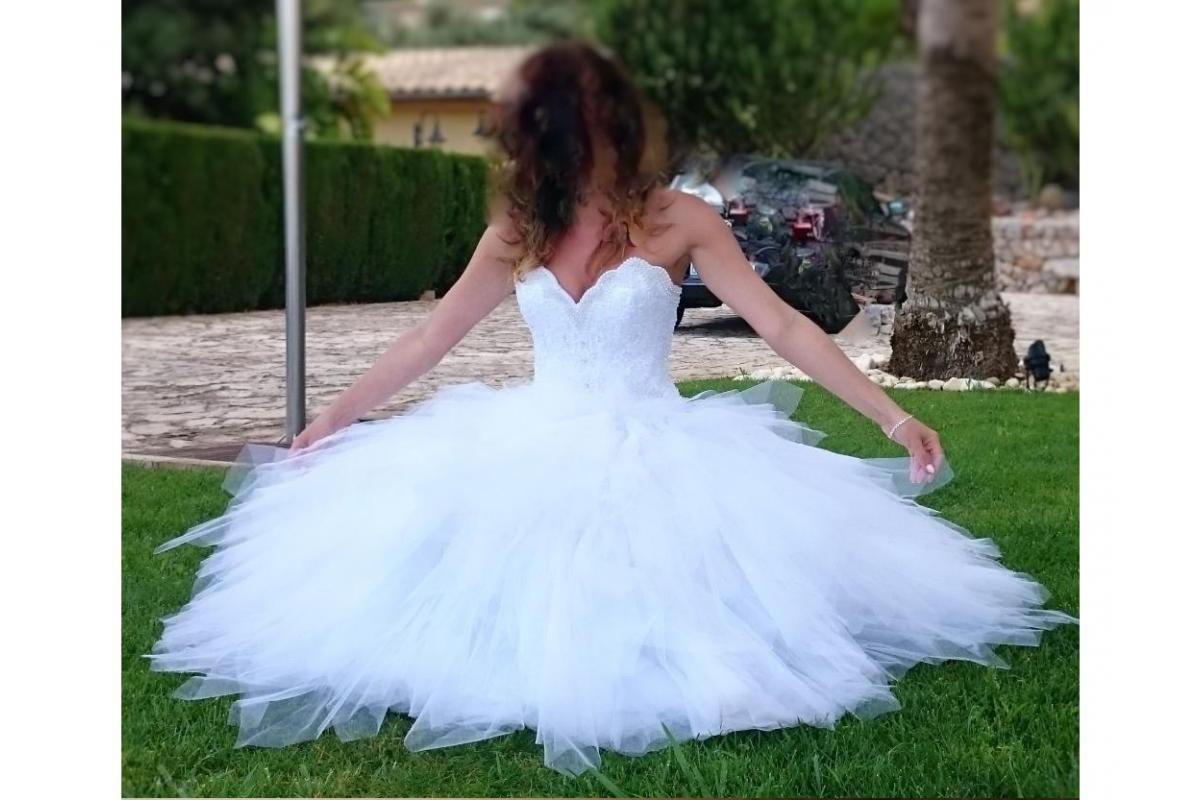 Suknia KSIĘŻNICZKA z nietypowym gorsetem z perełkami!!!!
