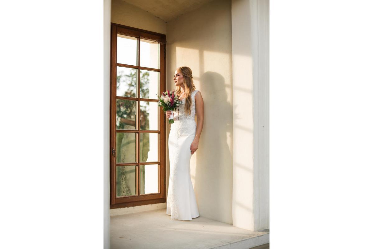 Elegancka suknia ślubna 2020 rybka