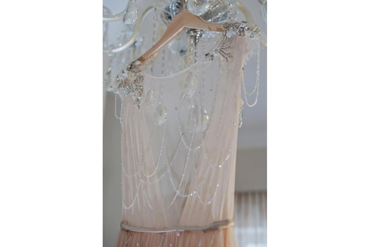 Suknia ślubna Rara Avis IVANEL pudrowa 36