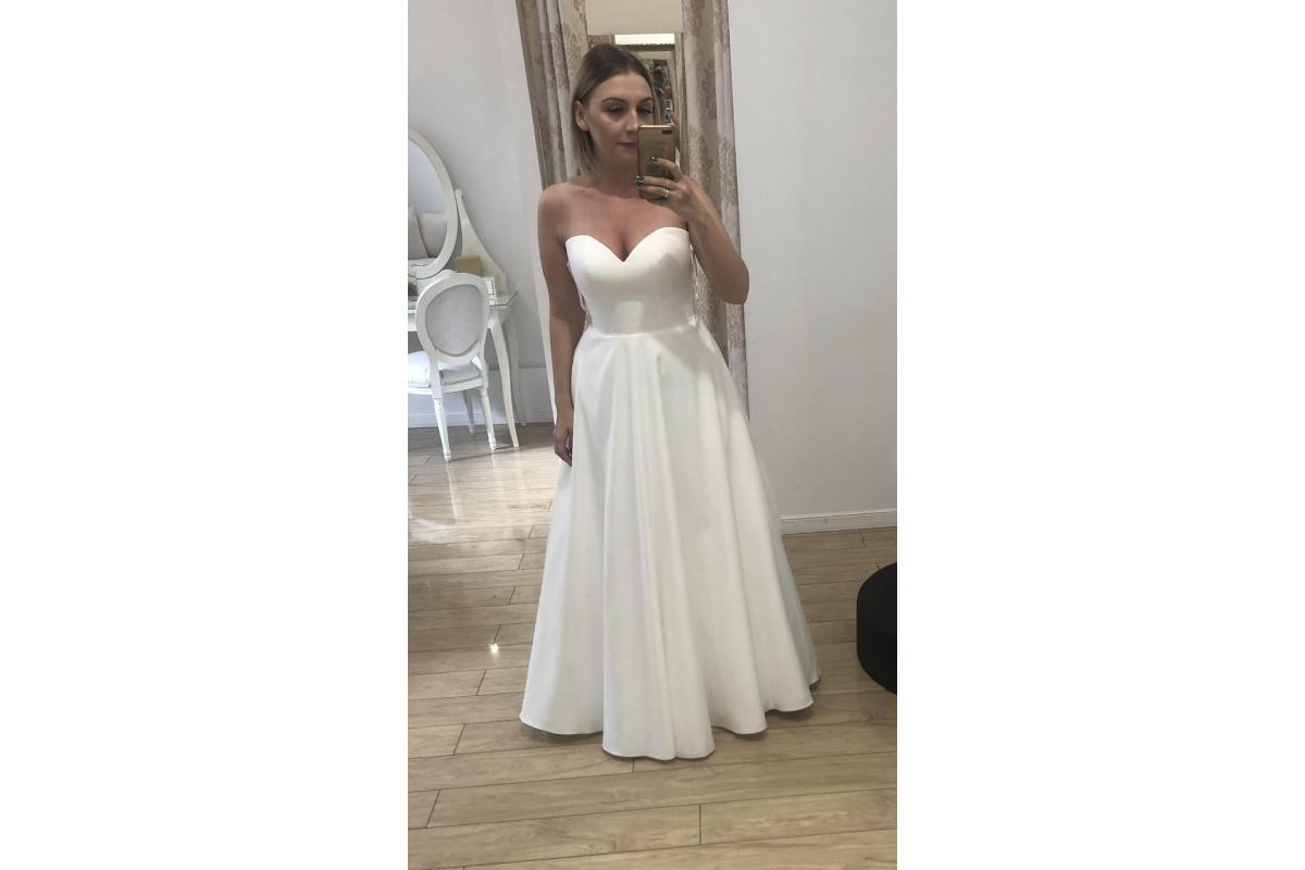 Suknia ślubna Stella York 6718 ivory smietankowa biel mikado satyna