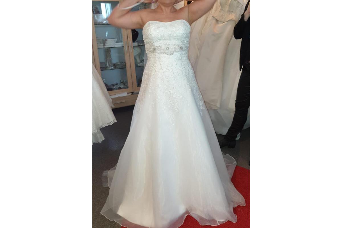 Lisa Donetti piękna suknia ślubna