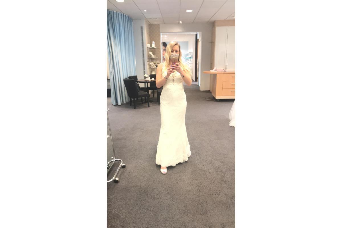Piekna suknia slubna,jedyna taka, z holandii