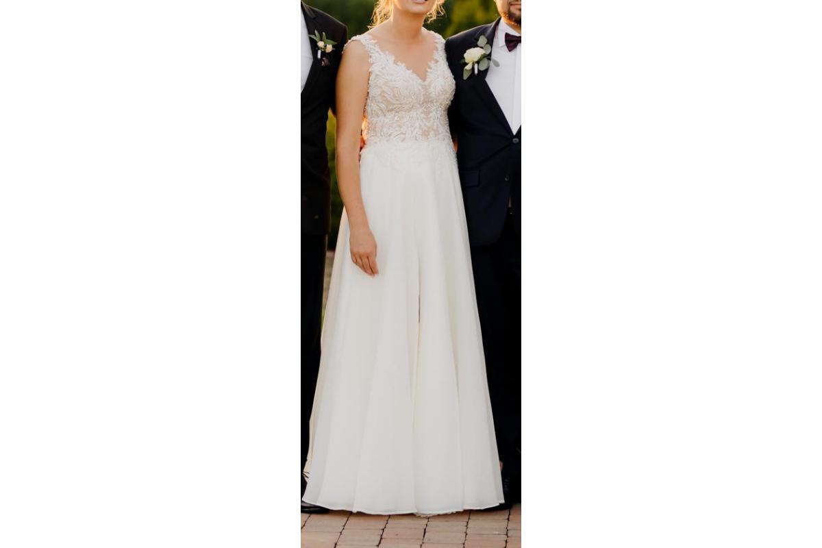 Przepiękna suknia ślubna śmietankowa szyta w Krakowie w 2021r